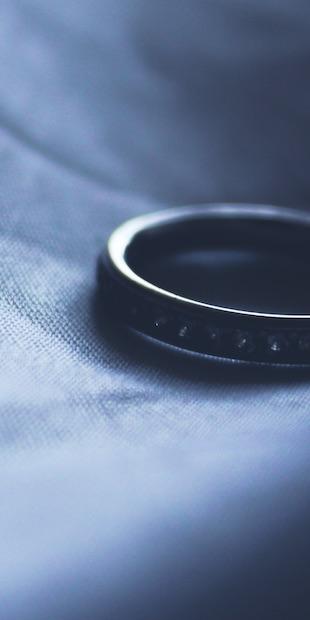 Kiedy ustaje wspólność majątkowa małżeńska i jak podzielić majątek wspólny?